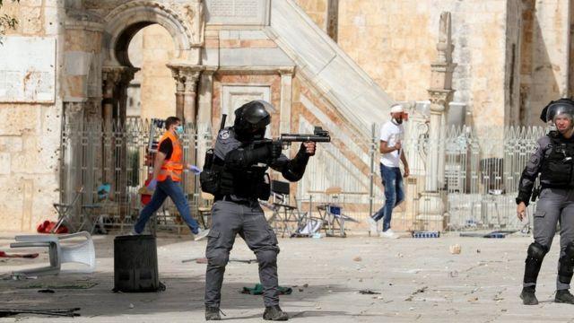 En Jerusalén marcha de las banderas en deja incendios y heridos