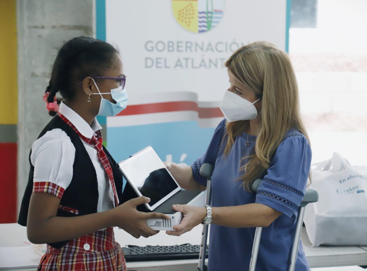 """""""Este año vamos por más calidad educativa»: Elsa Noguera"""