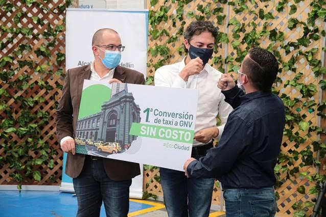 Comenzó la conversión a gas natural vehicular de 1.000 taxis en Medellín y el Valle de Aburrá