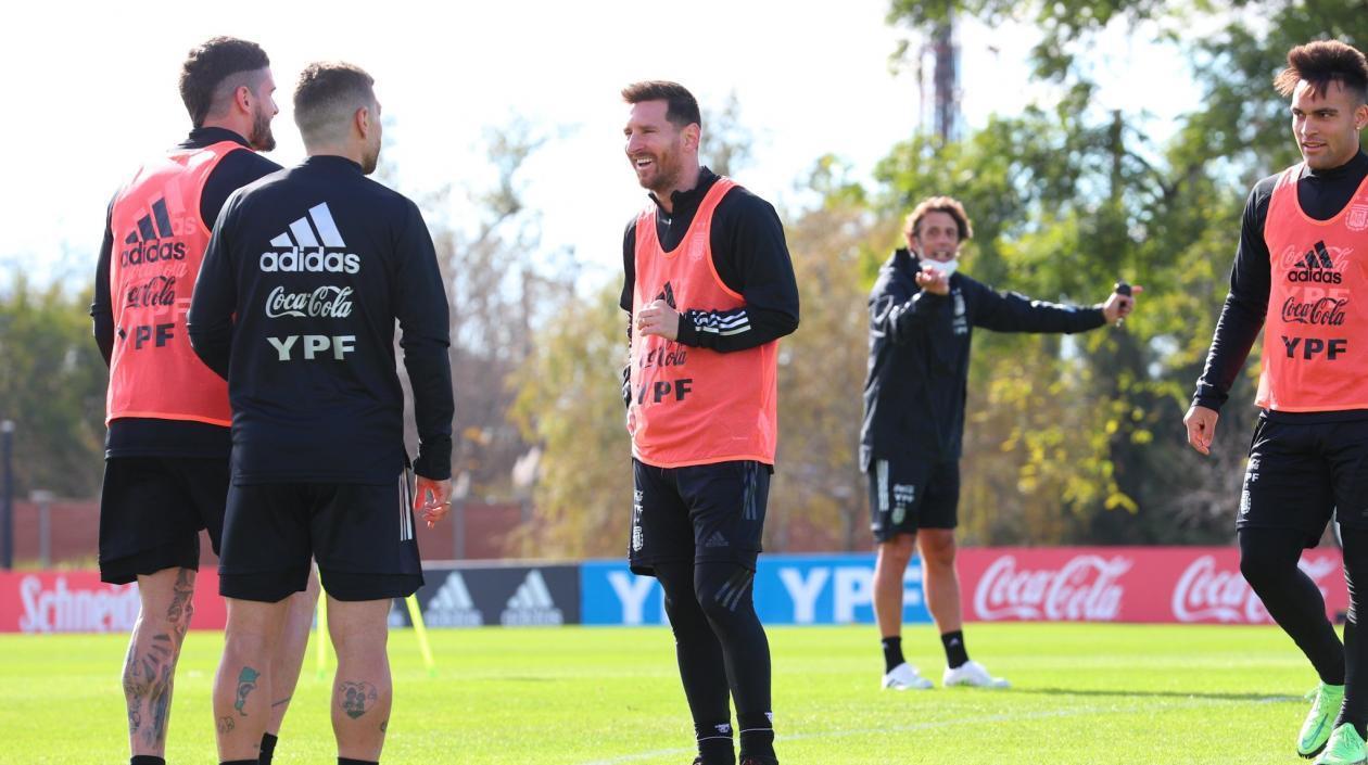 Argentina y Chile se miden en el choque más atractivo de la fecha en Eliminatorias