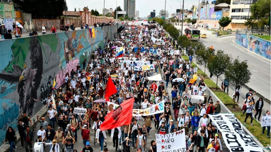 Entrega de informe por parte del Mindefensa, sobre actos violentos en protestas