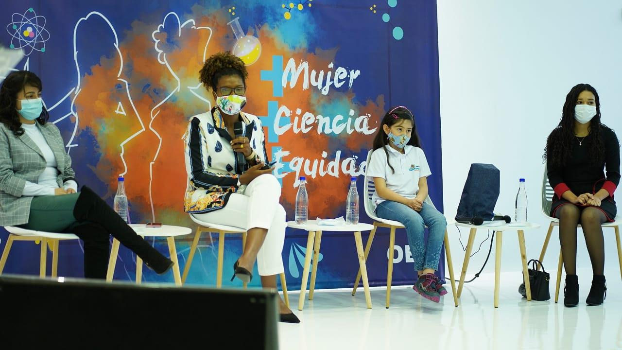 Apoyo con estudio y empleo a 10 mil mujeres colombianas, la nueva iniciativa de Minciencias.