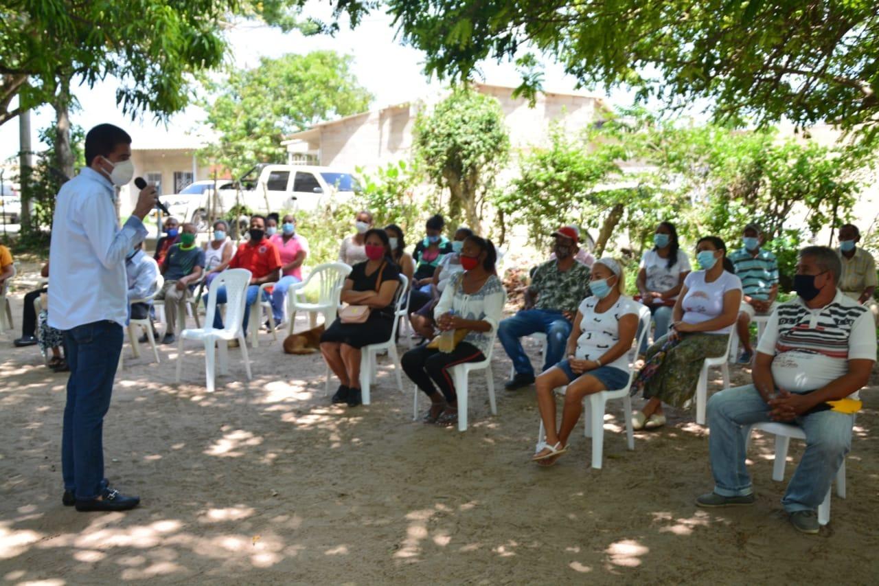 Alcalde de Soledad avanza en la entrega de títulos de vivienda