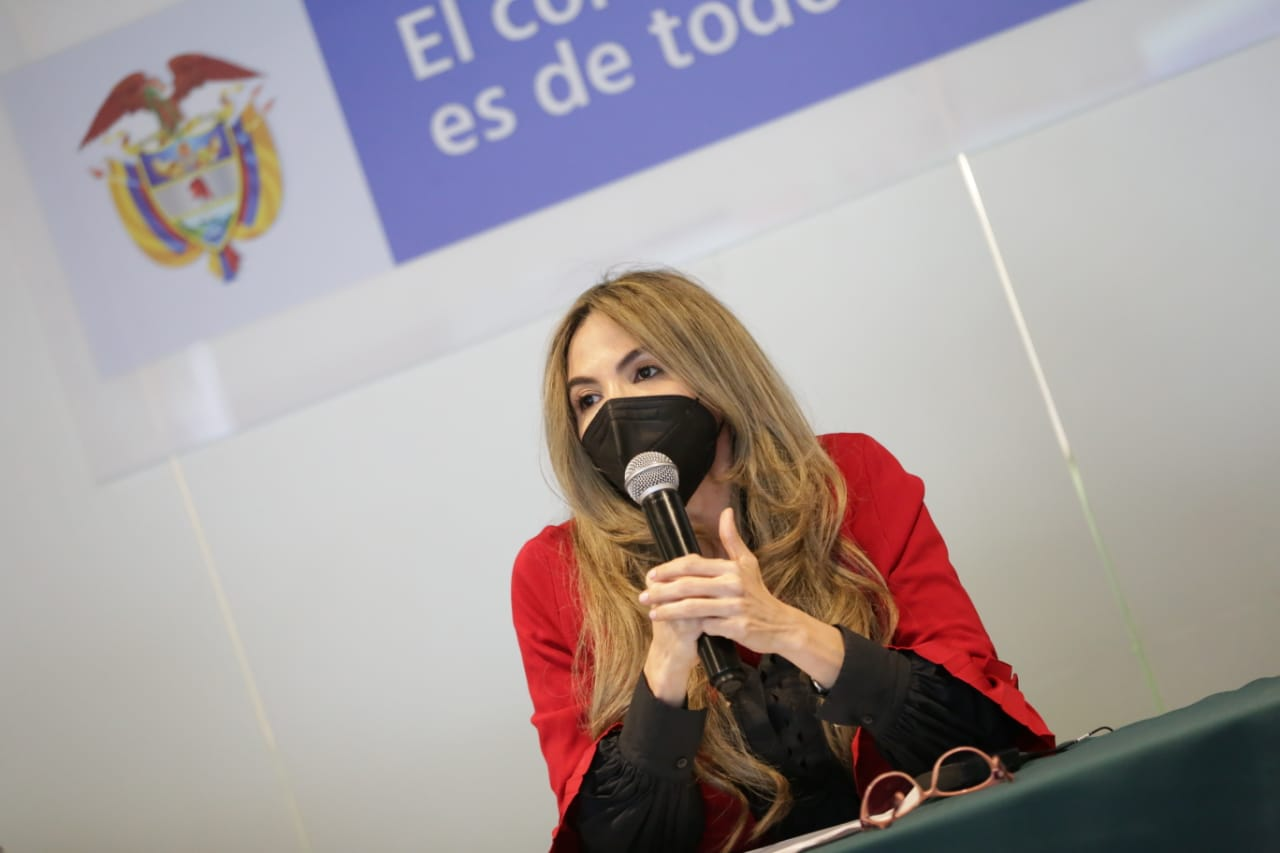 @Minciencias abre convocatoria para formar a 10 mil mujeres de forma gratuita