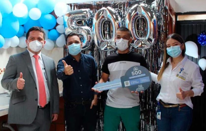 Gobierno inicia entrega de subsidios de vivienda a jóvenes de Colombia