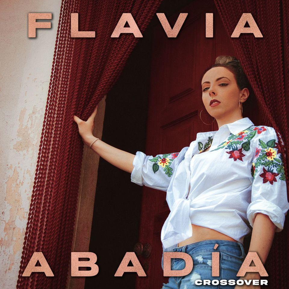 """Flavia Abadía estrena su álbum debut titulado """"Crossover"""""""