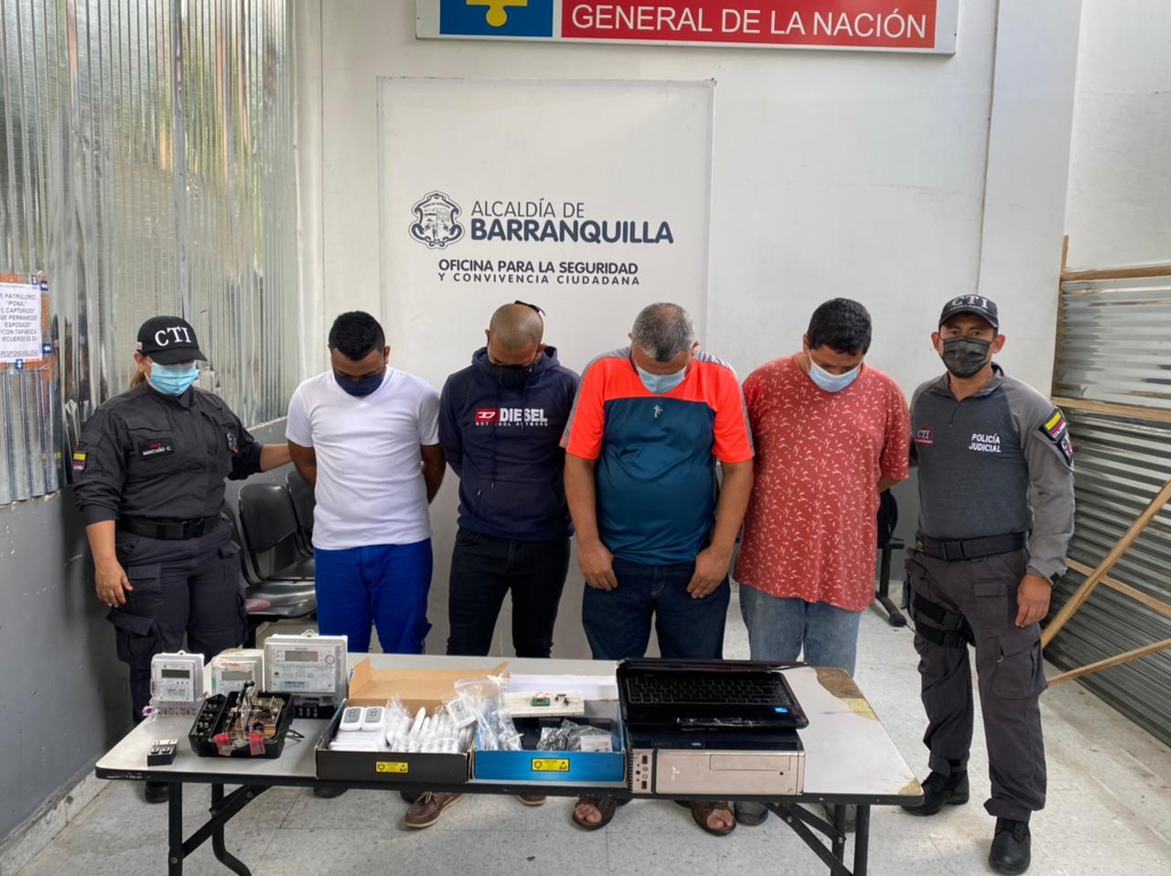 Capturadas 4 personas por manipular medidores de energía en Barranquilla – @aire_energia