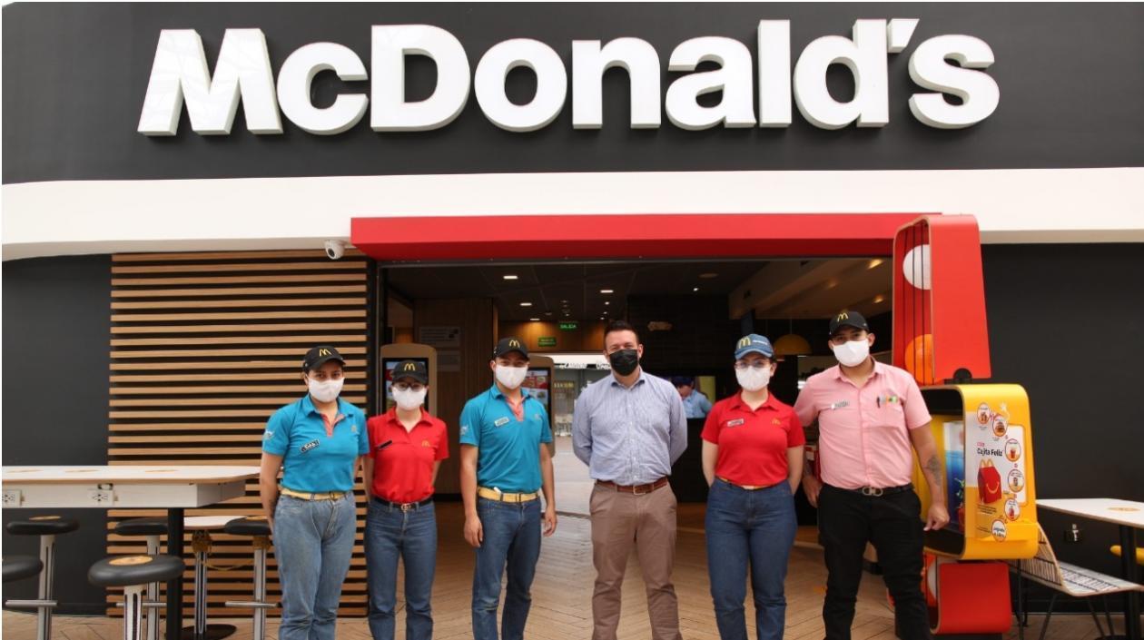 McDonald's Colombia busca a 43 jóvenes apasionados por el café para trabajar en sus McCafé