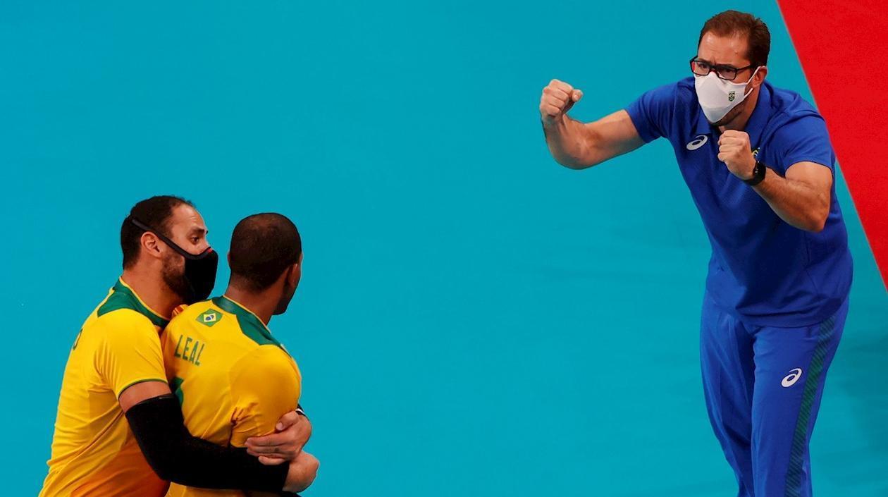 Brasil le ganó a Argentina en vibrante encuentro de voleibol masculino en los Olímpicos