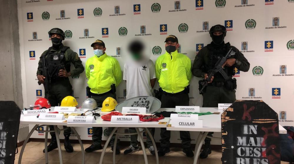 Detienen a 12 personas llamadas 'primera línea' por presuntos desmanes en ocho ciudades de Colombia