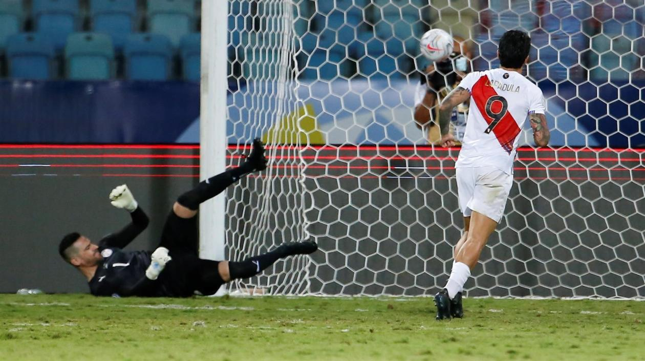 Perú, primer semifinalista de Copa América tras vencer en penales a Paraguay
