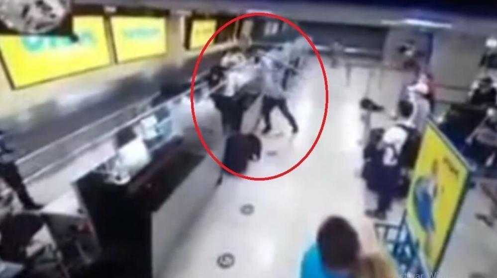 Hombre destruyó 4 pantalllas en el Aeropuerto de Cartagena