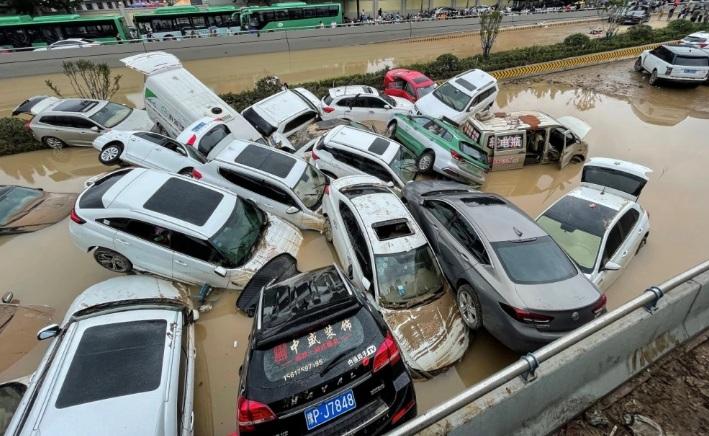 Al menos 25 personas muertas dejaron inundaciones por lluvias en China