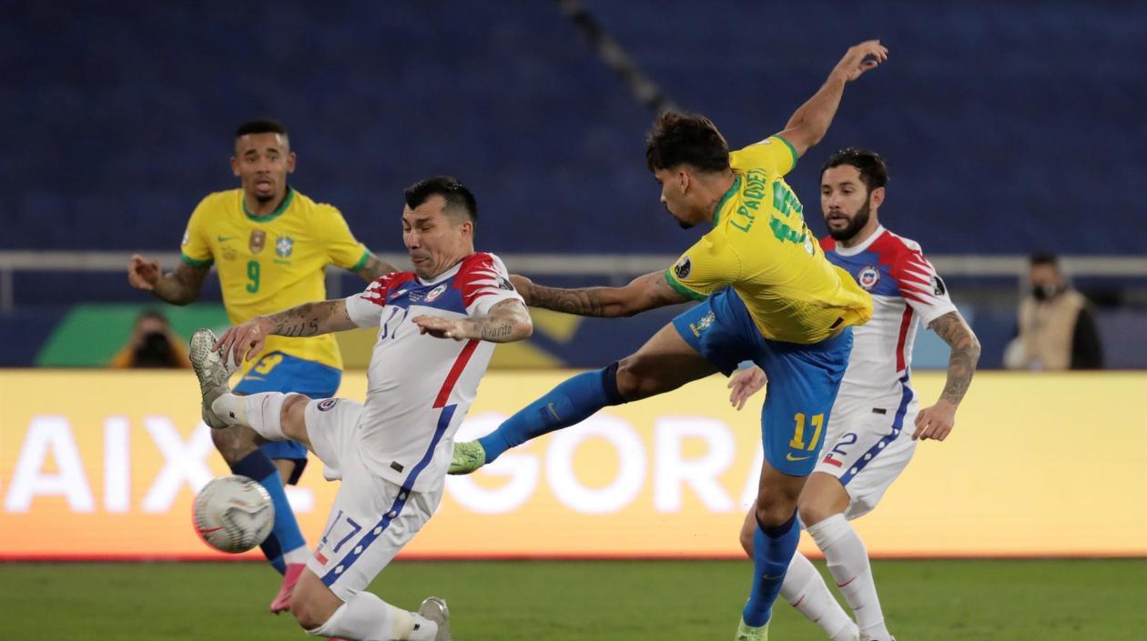 Con gol de Paquetá, Brasil clasificó a semis tras vencer a Chile