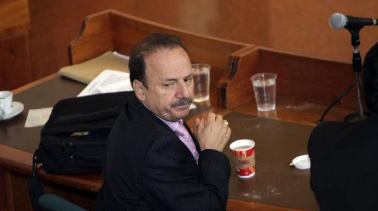 Excongresista Luis Alberto Gil fue condenado a 4 años de prisión por mediar ilegalmente en procesos judiciales