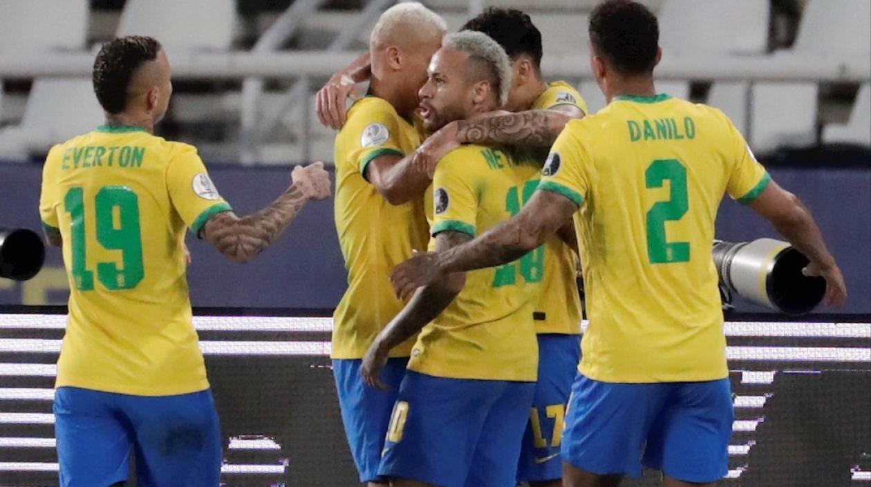 Brasil venció a Perú y se convierte en el primer finalista de la Copa América