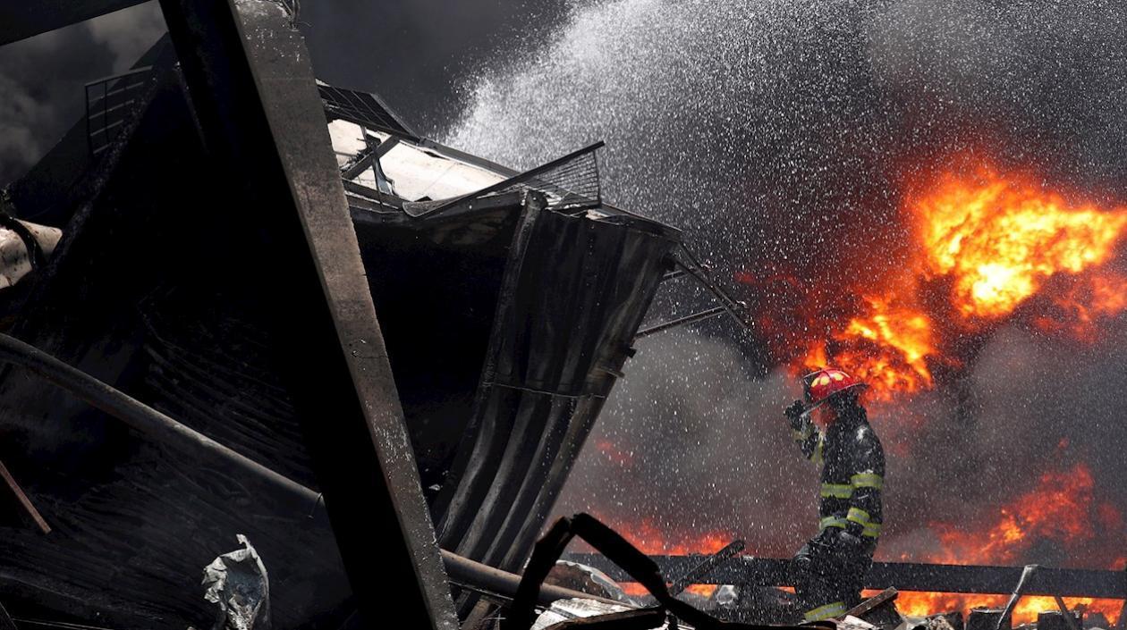 Explosión en una fábrica en Bangkok, Tailandia, dejó un muerto y 29 heridos