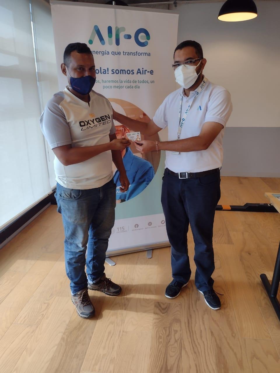 Air-e entregó tarjetas Conte a técnicos electricistas en redes de baja tensión – @aire_energia