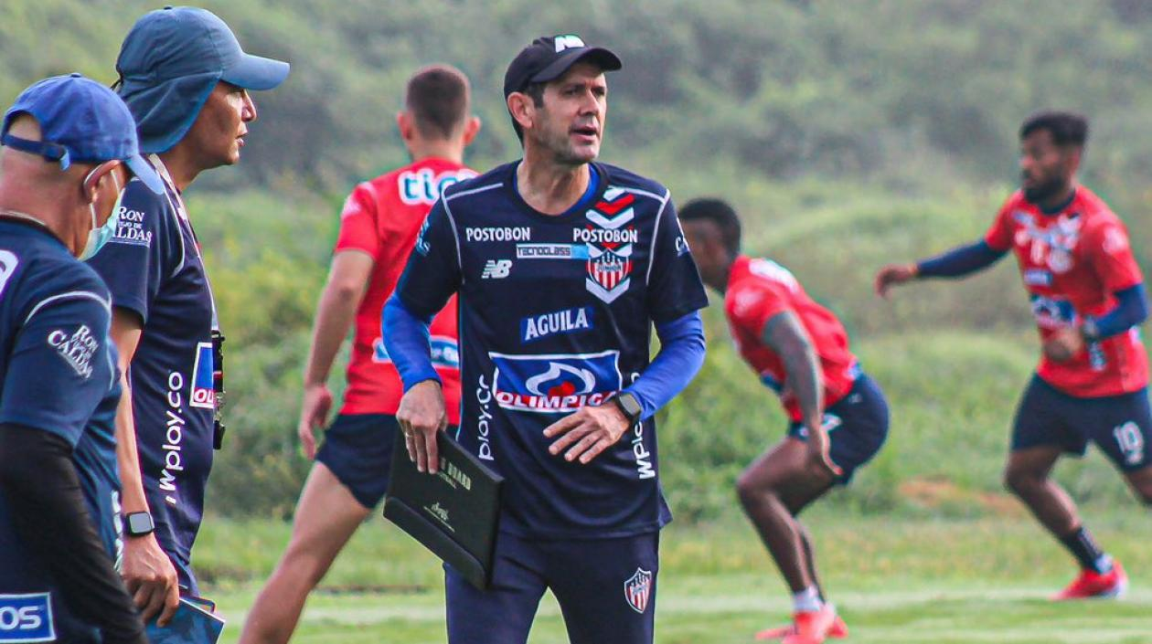 Arturo Reyes es el nuevo técnico de Junior de Barranquilla