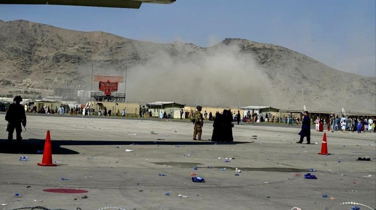 Varios muertos dejaron dos explosiones a las afueras del aeropuerto de Kabul, Afganistán