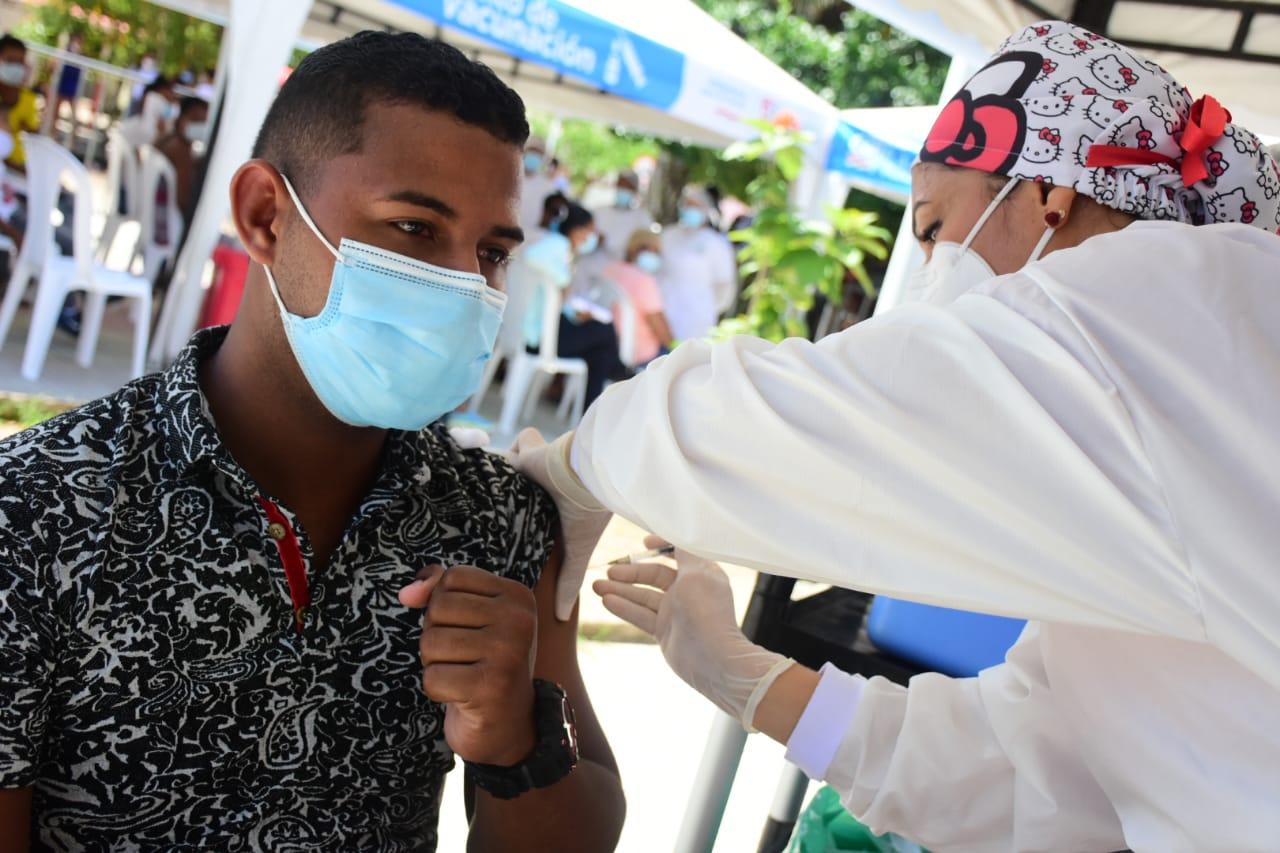 En el Atlántico, la asistencia de los jóvenes a los puntos de vacunación ha sido masiva – @gobatlantico
