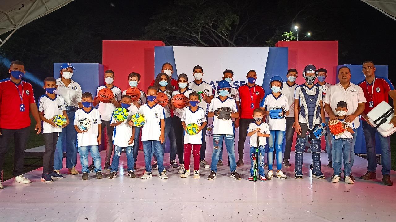 Alcaldía entregó elementos deportivos para formación de 1.300 niños de Plato y sus corregimientos – @AlcaldiadePlato