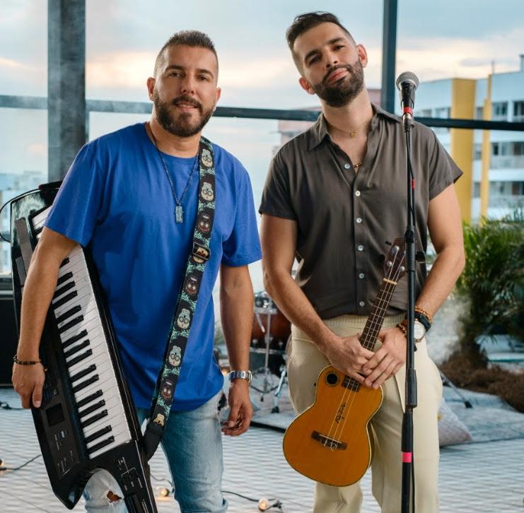 Con una innovadora propuesta de pop urbano,  Alkilados presenta «AY BB»