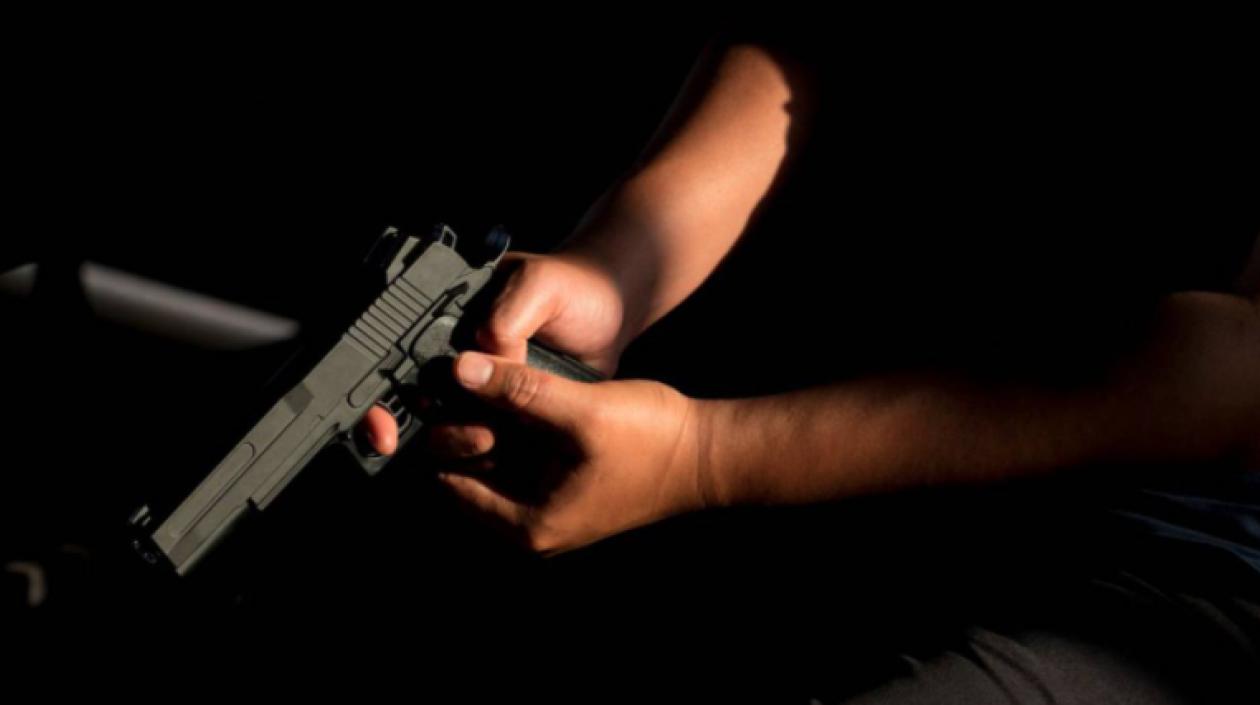 Mindefensa prepara el decreto que reglamenta el uso de armas traumáticas