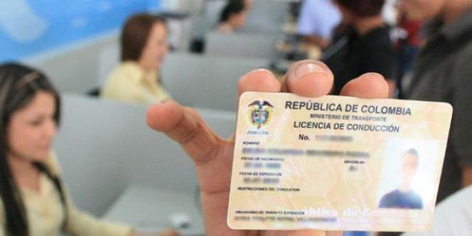 Alba te ayuda a renovar la licencia de conducción