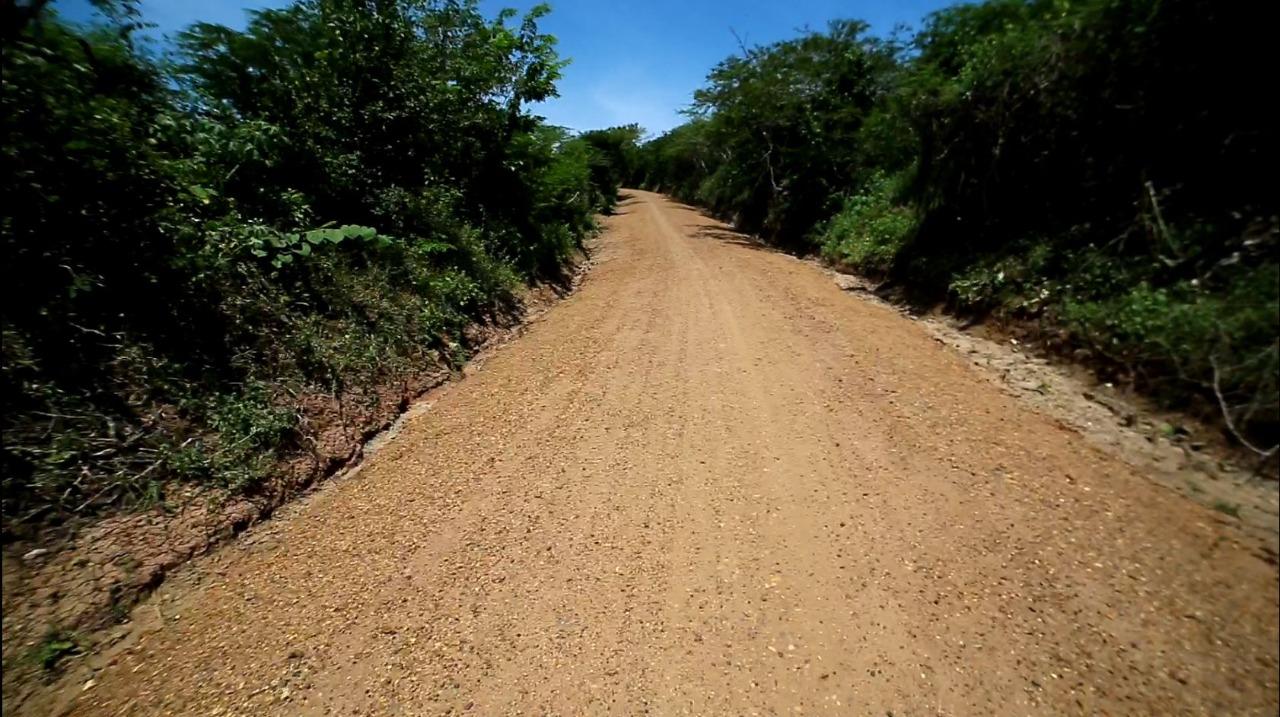 Avanzan obras para mejorar puntos críticos en la vía Plato –  Cerro Grande en un 92,2 %