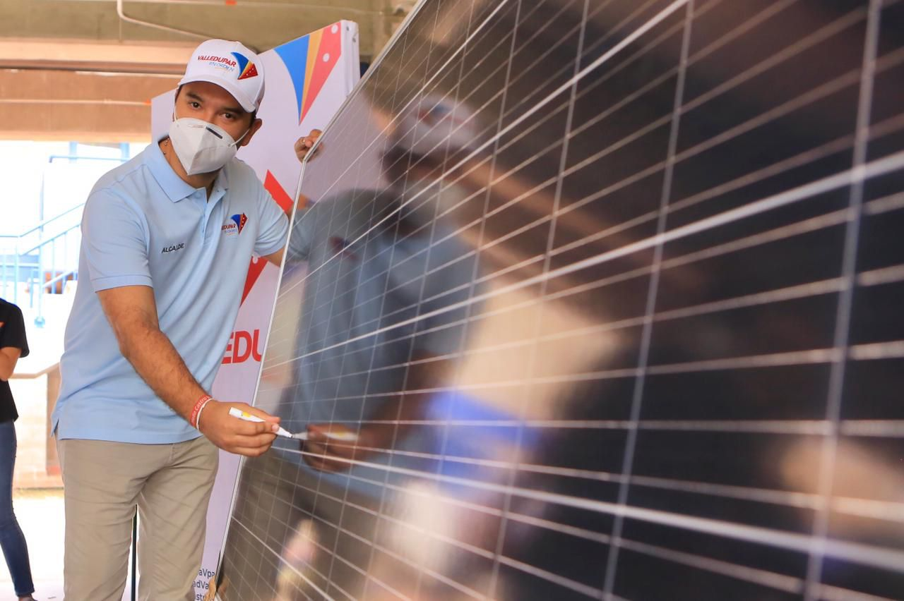 Alcaldía de Valledupar adjudicó proyecto de energía solar para Azúcar Buena