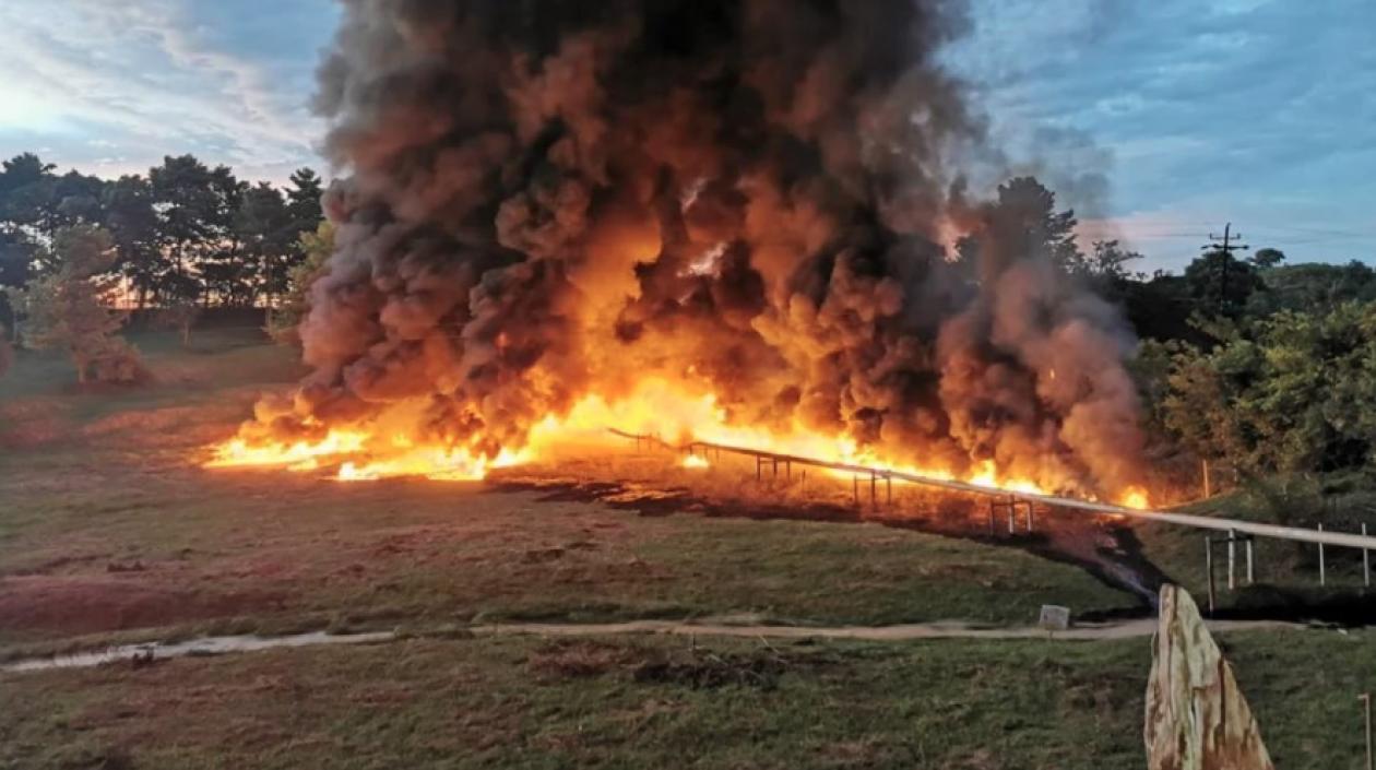 Atentaron contra el oleoducto de Barrancabermeja y Ecopetrol activó plan de contingencia