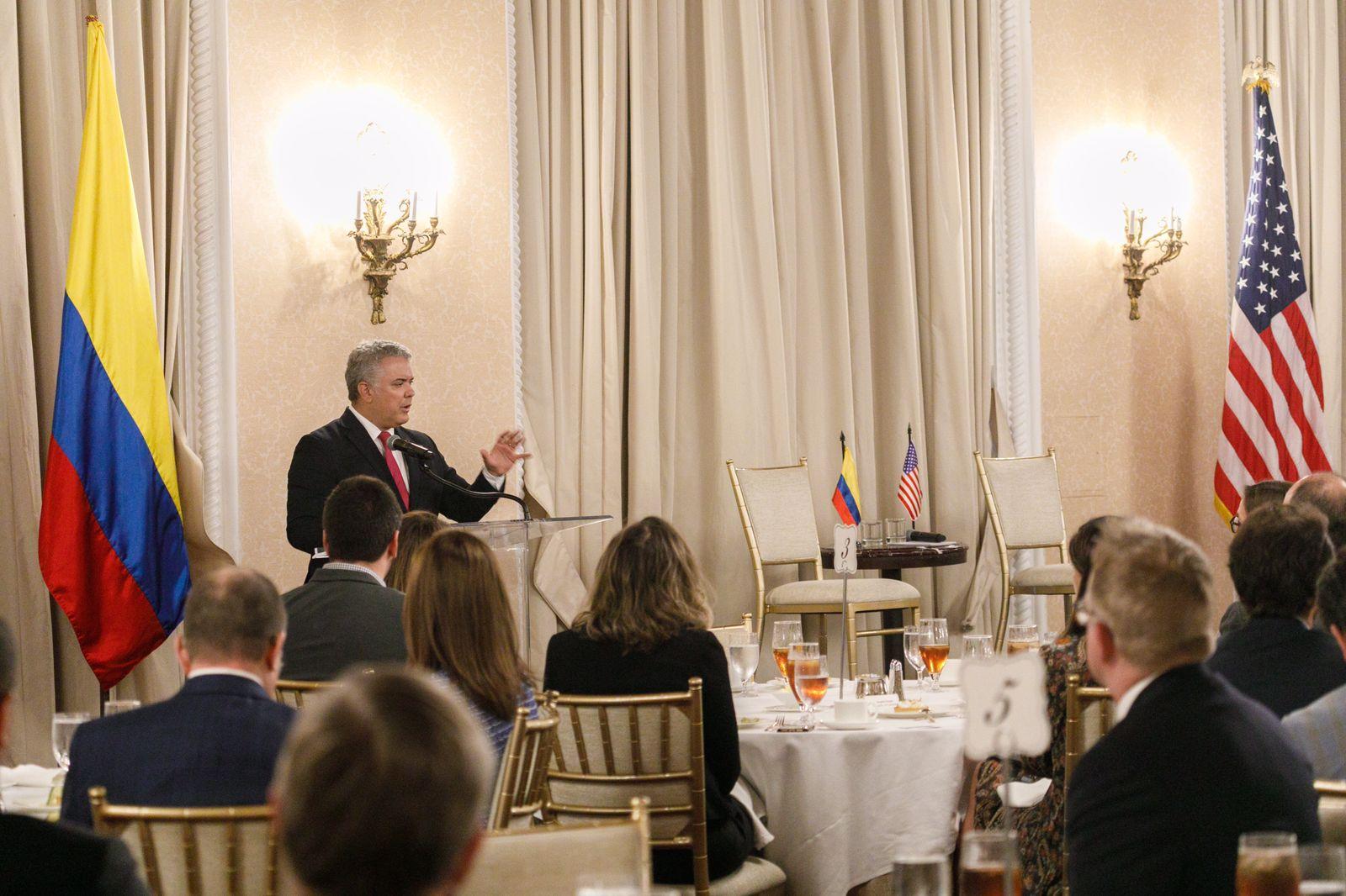 """@IvanDuque: """"Colombia seguirá abierta para hacer negocios"""""""