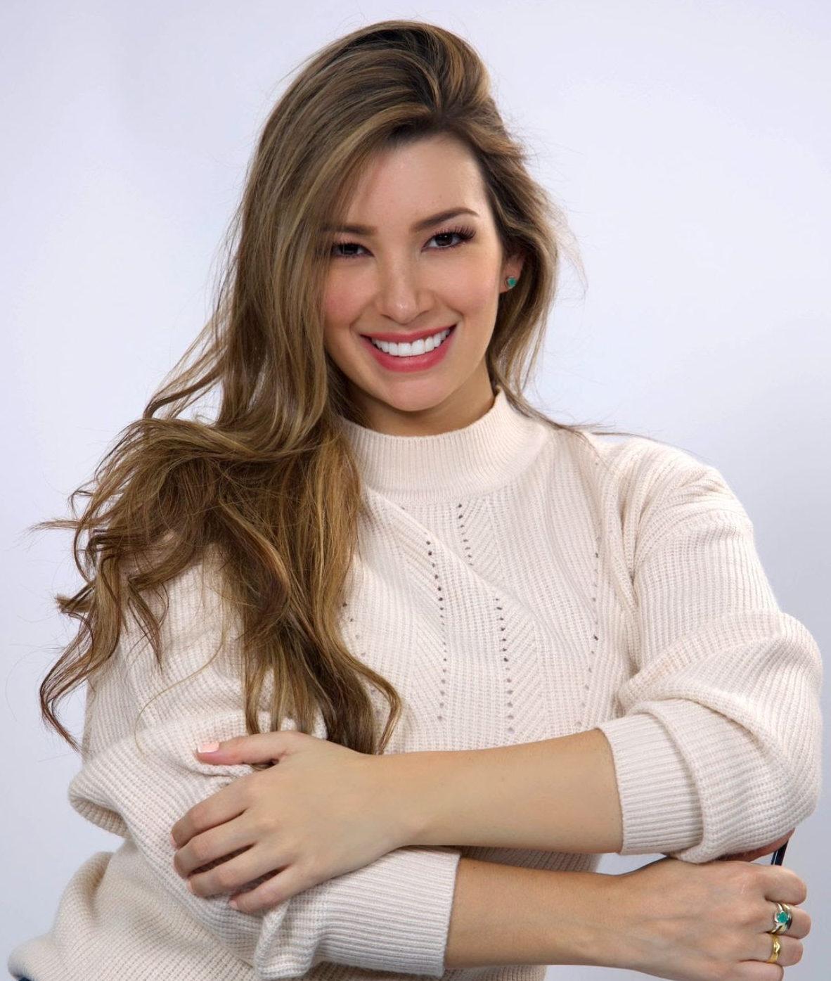 Marion Zapata derrocha su talento en la pantalla del canal Universal Channel
