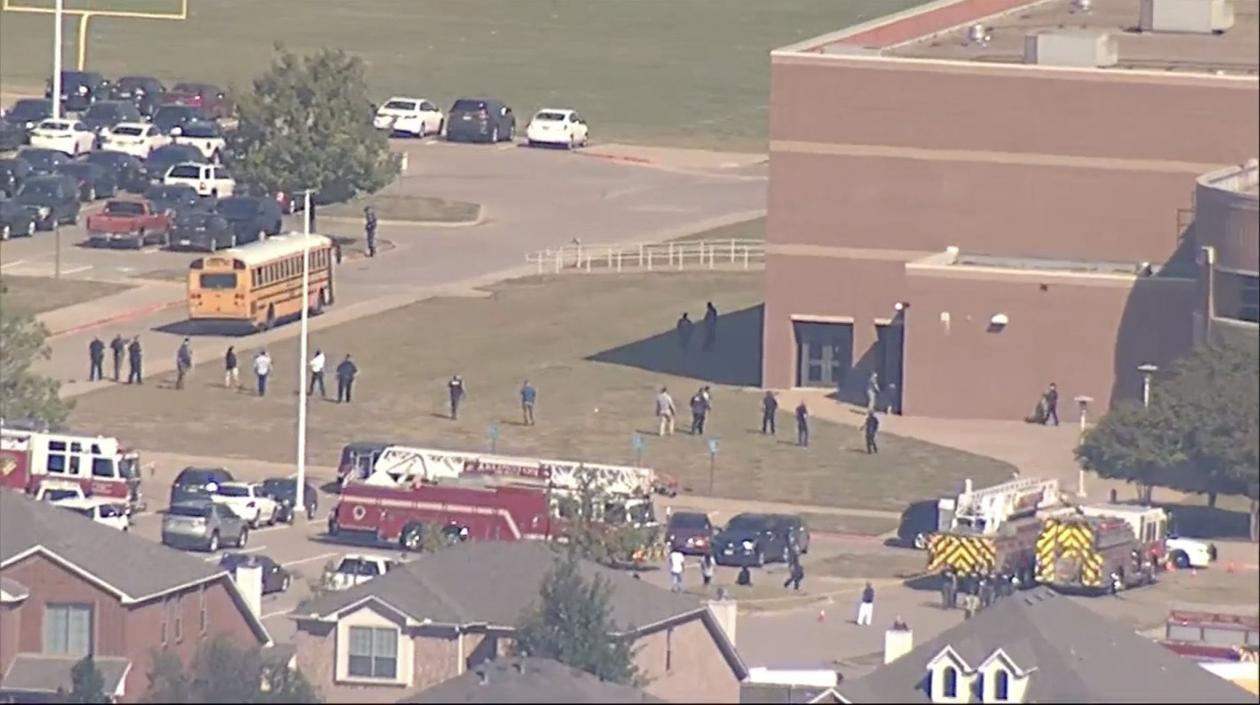 Cuatro muertos dejó tiroteo en escuela secundaria de Texas